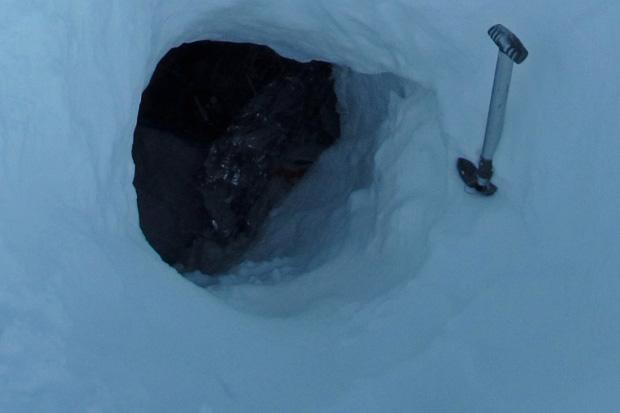 Biwaki w jamach śnieżnych, czyli o czym warto pamiętać by było możliwie ciepło, sucho i pewnie