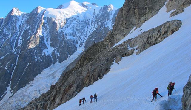 Mont_Blanc_3709p.