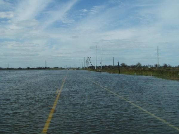 Uzdatnianie Wody 101: Jak przygotować zapas wody na wypadek sytuacji awaryjnych